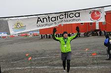 Kurt Bauman finishing in Antartica