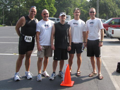 Bill and friends after the Springbrook Sprint Tri in 2009