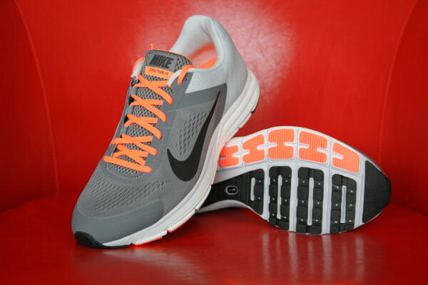 Nike Zoom Structure men's