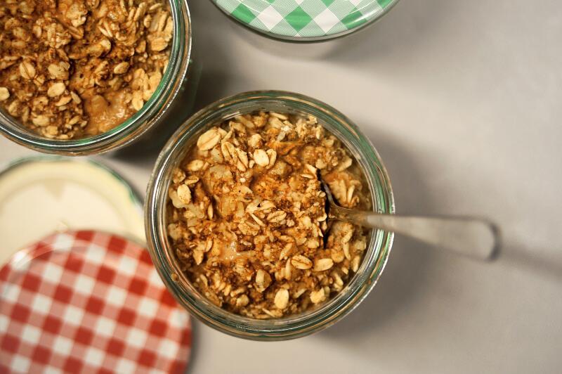 Overnight oats in jars