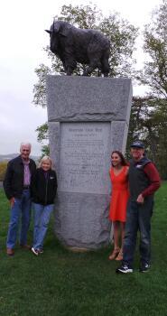 Monument02