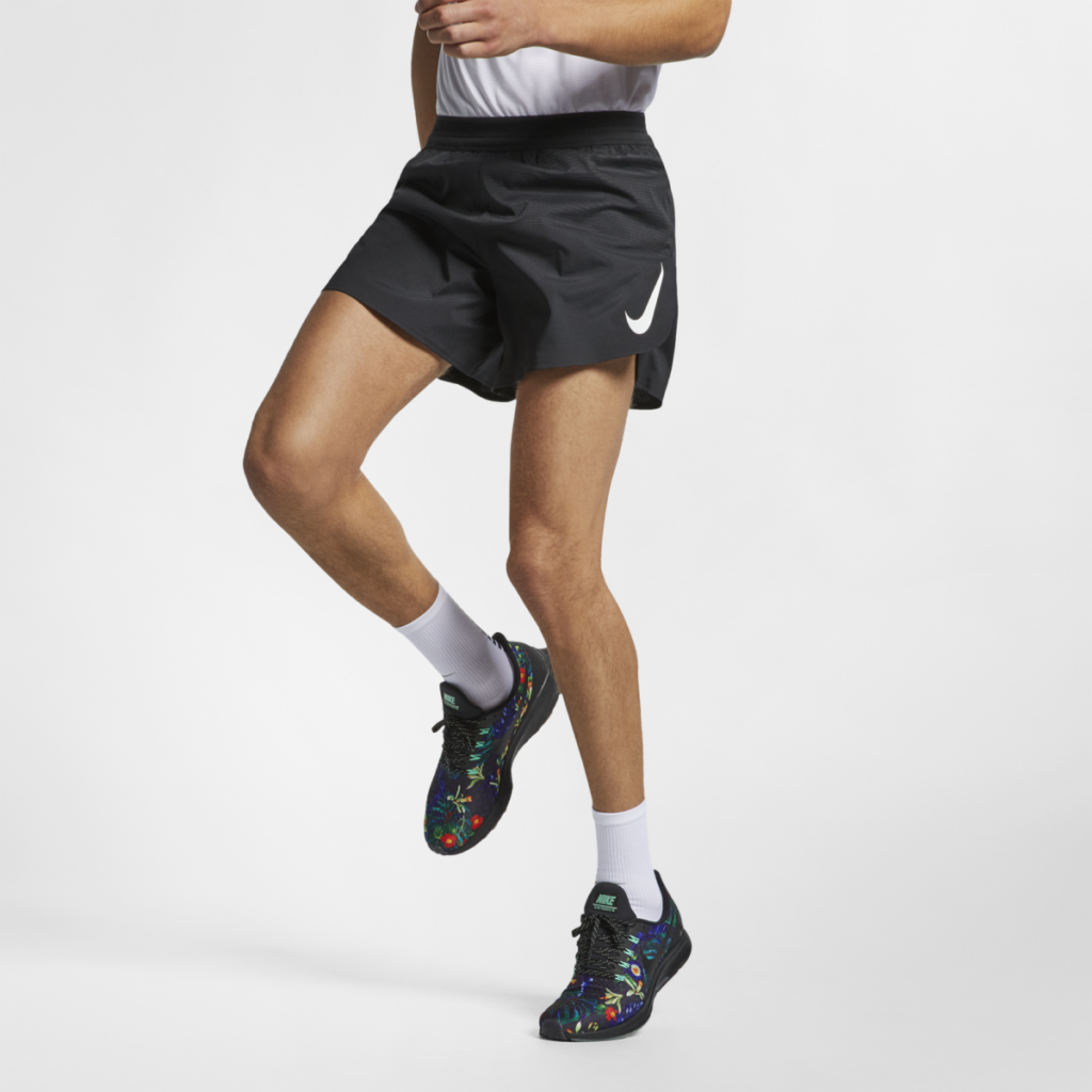 """Men's Nike Aeroswift Short 5"""" in Black (also available in 2"""")"""