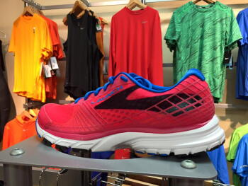 b4259c9cc07ac Brooks Launch 3 Running Shoes at Fleet Feet Sports Madison   Sun Prairie