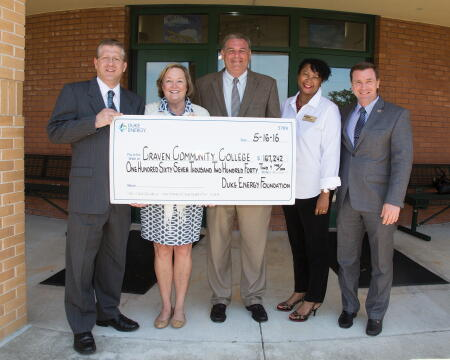 Pictured: (L-R) Dr. Ray Staats, CCC president; Millie Chalk, Duke Energy district manager; Greg Purvis, CCC aviation instructor; Monica Minus, CCC director of grants and strategic partnerships; and Wally Calabrese, dean of learning and operations at CCC Havelock/Cherry Point Campus.