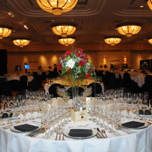 2010 Table and Centerpiece