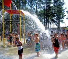 Wet n' Wild:  Splash Moore Opens