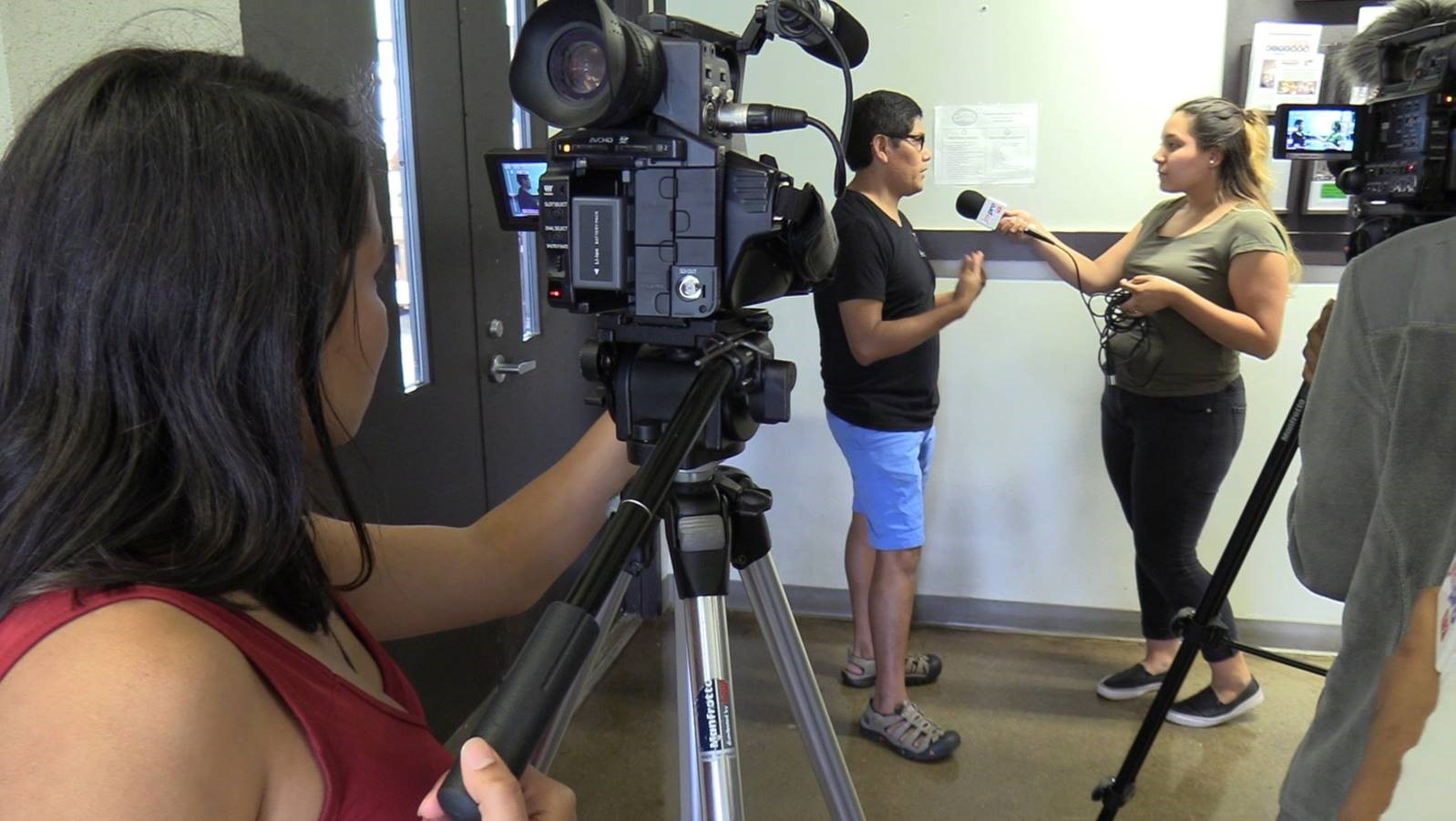 """One of the grants made by the NC Local News Lab Fund was to the Asheville Writers in the Schools and Community for their initiative """"Word on the Street/La Voz de los Jóvenes,"""" a bilingual online arts and culture magazine."""