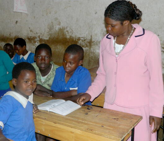 Planet Aid, teacher training, Malawi
