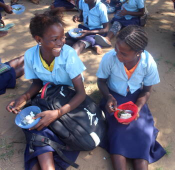 food for knowledge, girls, beneficiaries, mozambique, planet aid, education, nutrition