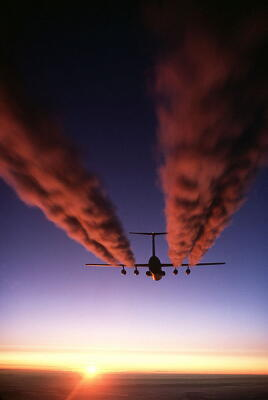 aviation, airplanes, contrails, pollution, planet aid