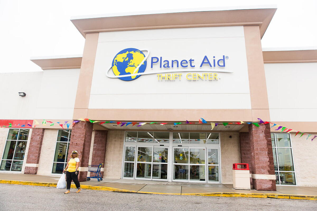 Planet Aid, Planet Aid Thrift Center, holiday, shopping