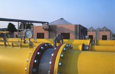 IStock 000015170295.pipe Medium