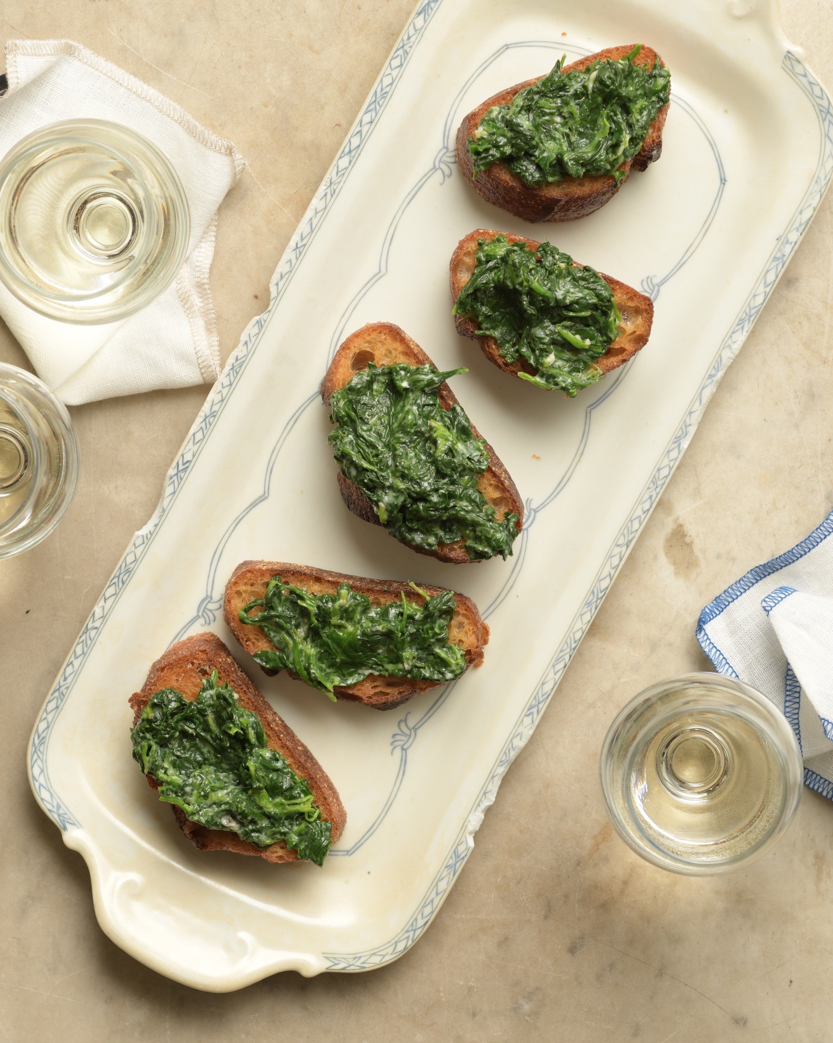 crostini with spinach