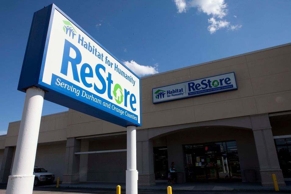 The sign above the Habitat for Humanity ReStore
